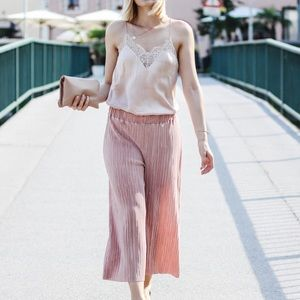 ✨shimmery pink pleated culottes💖